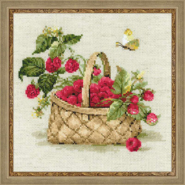 Borduurpakket Basket with Raspberries - RIOLIS    ri-1448
