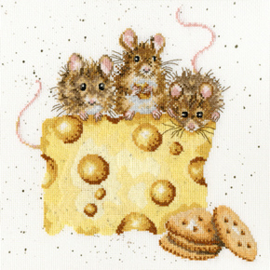 Borduurpakket Hannah Dale - Crackers About Cheese - Bothy Threads    bt-xhd53