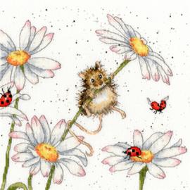 Borduurpakket Hannah Dale - Daisy Mouse - Bothy Threads    bt-xhd80