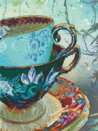 Borduurpakket Antique Porcelain met bedrukte achtergrond - RTO    rto-m70021