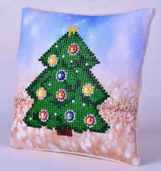 Diamond Dotz Christmas Tree Kussentje - Needleart World    nw-ddp02-036