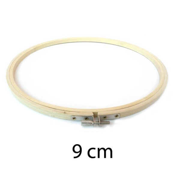 Borduurring hout / 9 cm