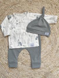 Newborn set eucalyptus