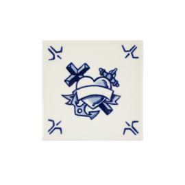 Tegel Faith, Hope & Love Schiffmacher (13 cm.) - Royal Delft