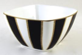 Vierkant Schaaltje (11,3 cm.) - Noritake Mahogany Rose
