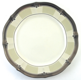 Accent Bord (22,5 cm.) - Noritake Stratford Platinum