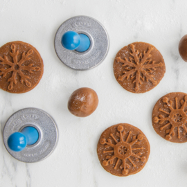 3 Snowflake Cookie Stamps - Nordic Ware