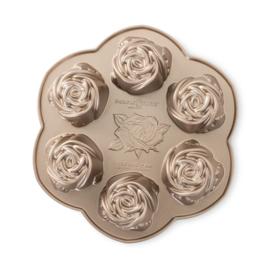Rosebud Cakelet Bakvorm - Nordic Ware