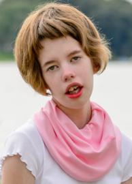 Lyserødt tørklæde