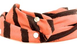 Orange tørklæde med brede brune striber
