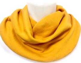 Okkergult savletørklæde