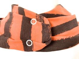 Dyb orange med brun stribe