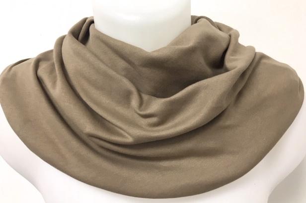 Tørklæde i taupe