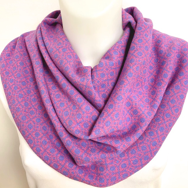 Retrotørklæde i lila og lyserød