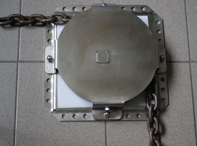 Open RVS Hoekwielkast met kunststof bodum plaat