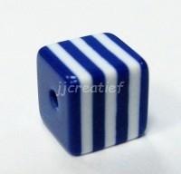 Vierkant blauw, wit