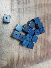 Vierkant  dank blue