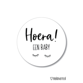 Sticker || Hoera! een baby (wit)