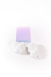 White & White - no.172/2020