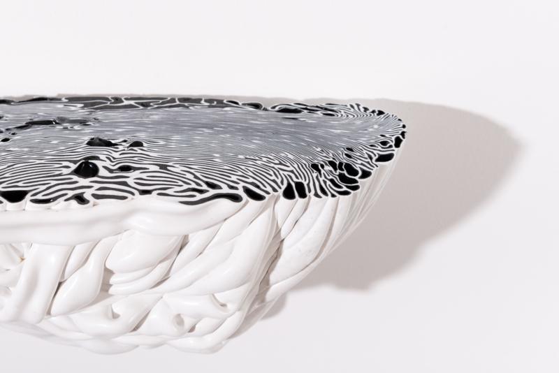 Black & White   LARGE - no.27/2021