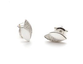 Leaves oorstekers zilver