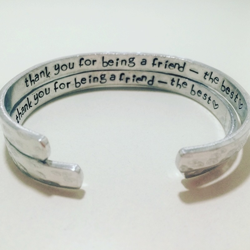 Hidden message armband -  Friend