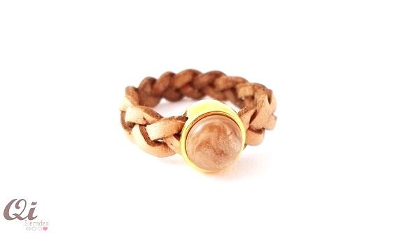 Ring 'woodsmoke brown'