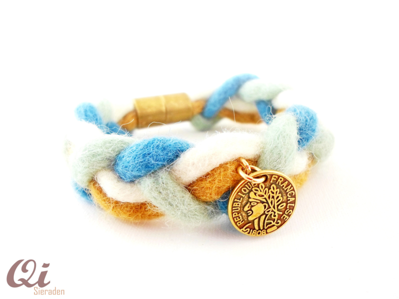 Armband 'festival lover' blue