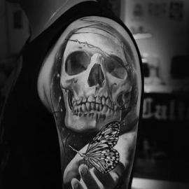 Lavasteen - Hematiet - Skull