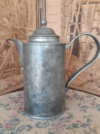 Antieke koffiepot