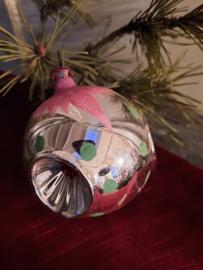 Kerstbal 3 deukjes