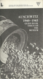 AUSCHWITZ 1940-1945 GUIDE-BOOK THROUGH THE MUSEUM – KAZIMIERZ SMOLEŃ - 1981