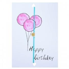 "Wenskaart ""Happy Birthday"" met armbandje klavertje 4 van Lucies Amsterdam"