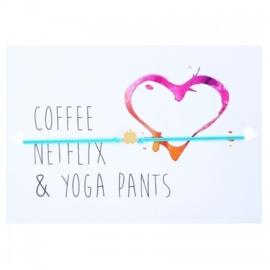 "Wenskaart ""Coffee Netflix & Yoga  Pants"" met armbandje klavertje 4 van Lucies Amsterdam"