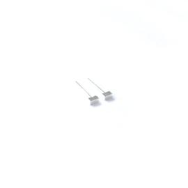 Oorknopje stud langwerpige kubus (4 mm) (PER STUK)