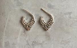 Tibetan style drops oorringetjes