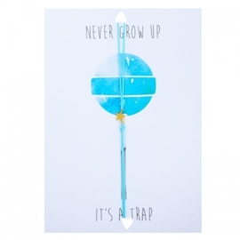 "Wenskaart ""Never grow up"" met armbandje ster van Lucies Amsterdam"