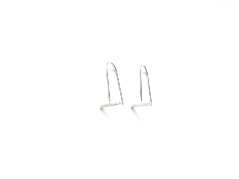 Bar earhooks (sterling zilver 925)