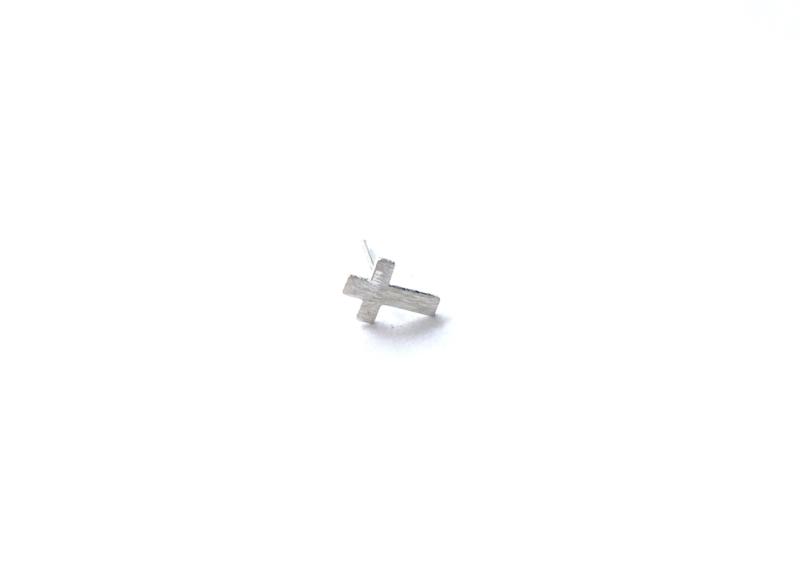 Oorknopje stud  'kruis' (5 mm) (PER STUK)