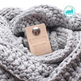Big Labels with Push-Button Naturel 10 cm x 3 cm 'Handmade (knitting)'