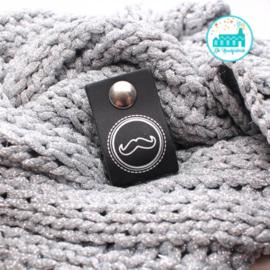 Big Labels with Push-Button Black 10 cm x 3 cm 'Moustache' Silver