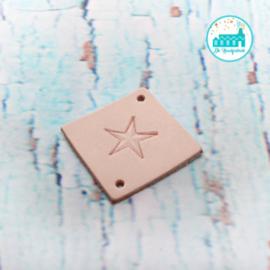 Vierkant Leren Label met een Ster 3,5 cm x 3,5 cm