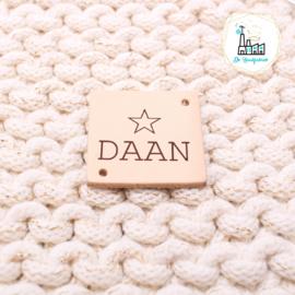 """VIERKANT MET NAAM lettertype """"DAAN"""" MET STER"""