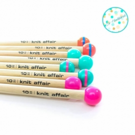 Knit Affair Basic Knitting Needles Neon Yellow 10 mm length 35 cm