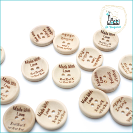 Wooden Button 20 mm 'Made with Love'