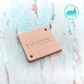 Vierkant Leren Label met tekst I Love Wool 3,5 cm x 3,5 cm