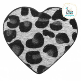 Hairy imi leer hangers hart met leopardprint Silver Grey 56x50mm
