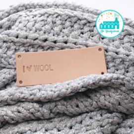 Big Labels 8 cm x 3 cm I Love Wool Overdwars