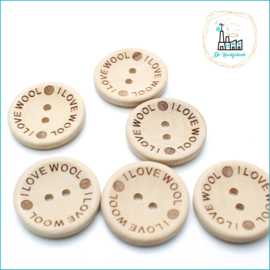 Wooden Buttons 30 mm 'I love Wool'