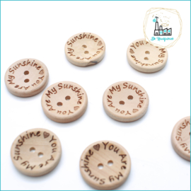 Wooden Button 20 mm 'You are my Sunshine'